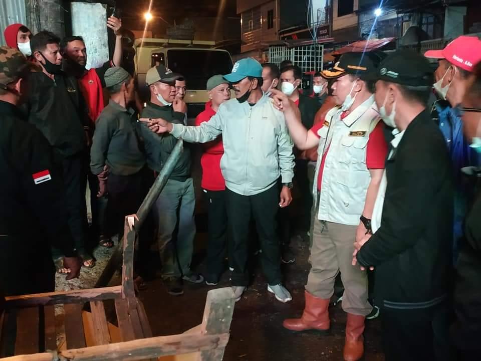 Wako Ahmadi Pantau Proses Pembersihan Pasar Tanjung Bajure