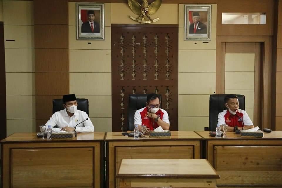 Bahas Penanganan Covid-19, Wako & Ketua DPRD Provinsi Duduk Bersama Para Tokoh Masyarakat