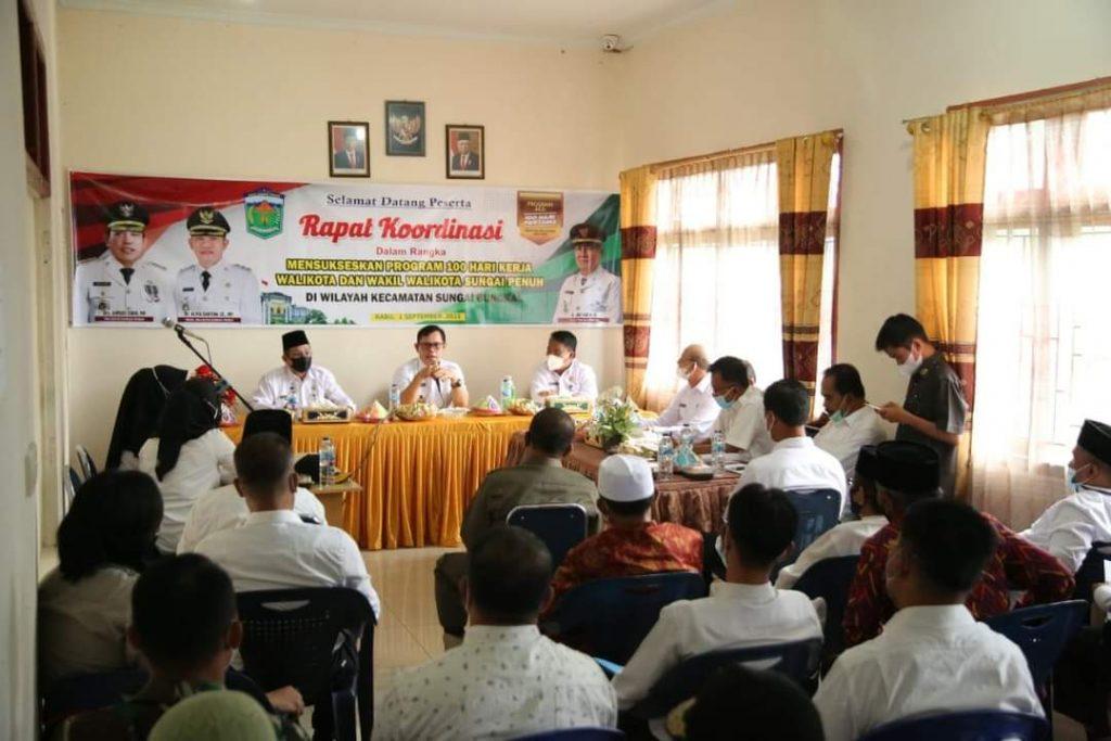Terobosan Baru, Dengan Menerapkan Protokol Kesehatan Wako Ahmadi Berkantor Sehari di Kecamatan